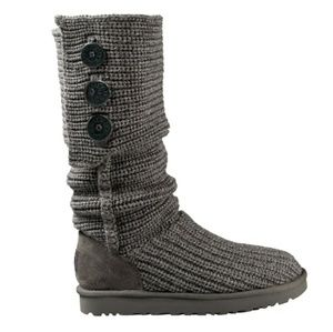 Ugg Classic Cardy 3 button Gray Knit Boots